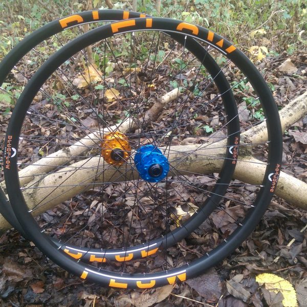 Blue Flow Wheels - Carbon Mountain Bike Wheels - Orange graphics