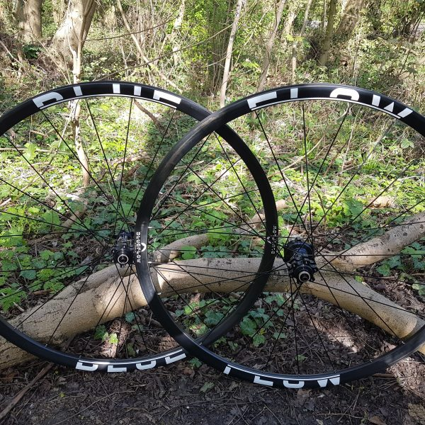 Blue Flow Wheels - 29er XC / CX Carbon Mountain Bike Wheels