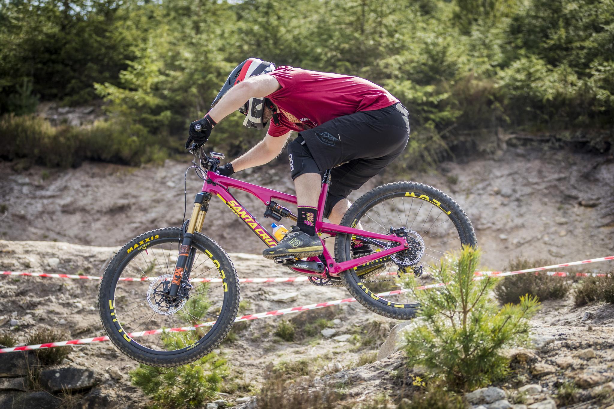 Blue Flow 35mm Carbon Mountain Wheels - Santa Cruz Nomad bike, Blue Flow Wheels, MTB, Wheelsets, Mountain Bike Wheels, Custom built, Free UK Delivery
